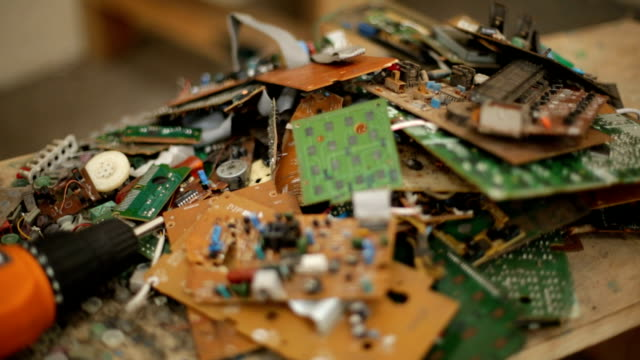 e-waste pull-focus - electronics industry stock videos & royalty-free footage