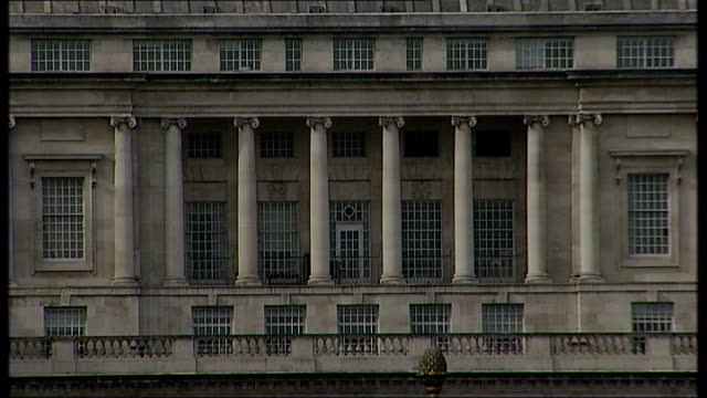 ex guantanamo bay detainee claims mi5 collusion in his torture london ext general views of mi5 building - イギリス情報局保安部点の映像素材/bロール