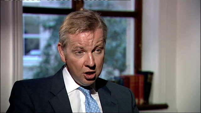 government accused after fall in pass rate london int michael gove mp interview sot we've put absolutely no pressure on exam boards it's quite right... - 一般教育証明試験点の映像素材/bロール
