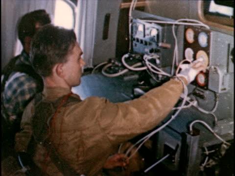examining how weightlessness affects hand eye coordination man pushing buttons - propaganda bildbanksvideor och videomaterial från bakom kulisserna