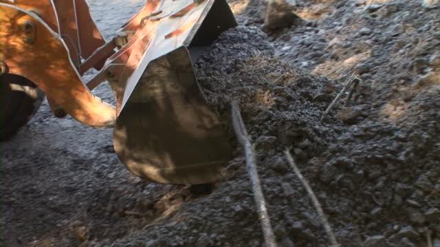 vidéos et rushes de hd : excavatrice - faire fonctionner