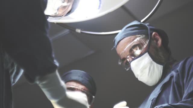 優秀な外科チーム - 直腸点の映像素材/bロール