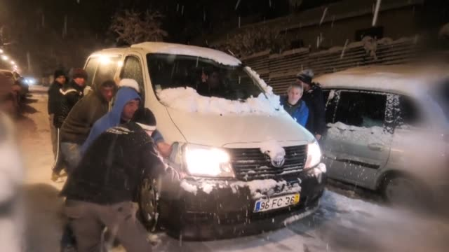 exceptionally heavy snowfall brought public transport in paris and surrounding regions to a near halt tuesday evening and wednesday morning spelling... - spelling stock videos & royalty-free footage