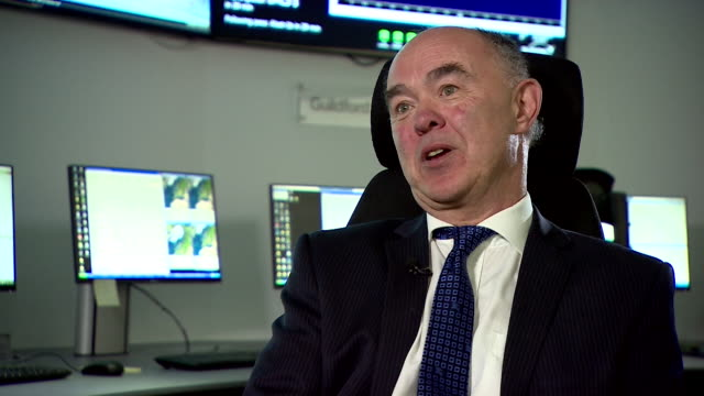 executive chairman of surrey satellite technology sir martin sweeting saying talking about the difficulties brexit has placed on its work on the... - サリー州点の映像素材/bロール