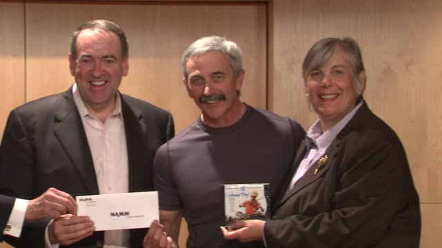 executive director wosmith music school jonah rabinowitz president gac ed hardy mike huckabee aaron tippin and namm executive director mary luehrsen... - executive director stock videos & royalty-free footage