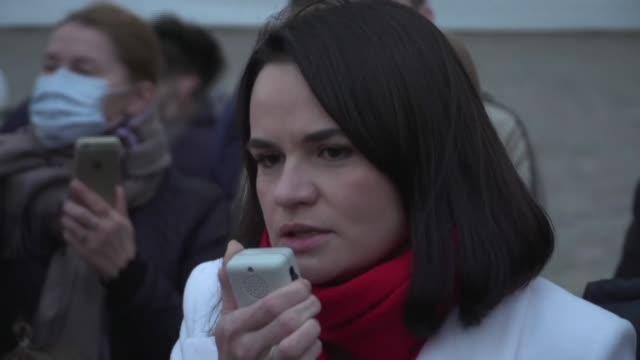 exiled belarusian opposition leader svetlana tikhanovskaya joins a march held in copenhagen in solidarity with the political movement - oresund region stock videos & royalty-free footage