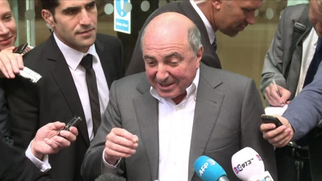 exiled russian tycoon boris berezovsky has died in britain. clean : exiled russian tycoon boris on march 23, 2013 in london, england - esilio video stock e b–roll