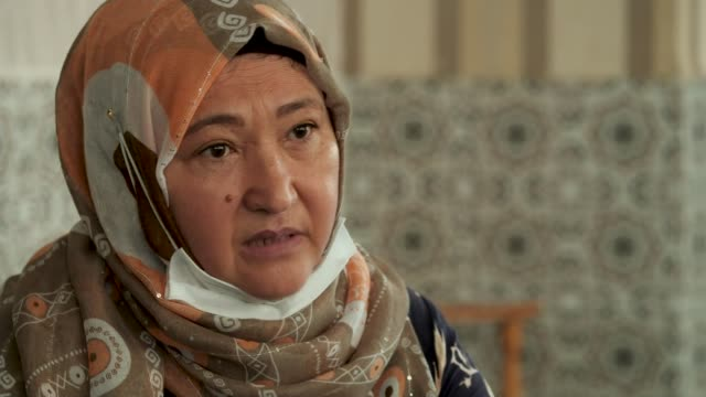 exiled uighur families call for international community to act over human rights abuses at hands of chinese government; turkey: int gulbakhar... - 追放点の映像素材/bロール