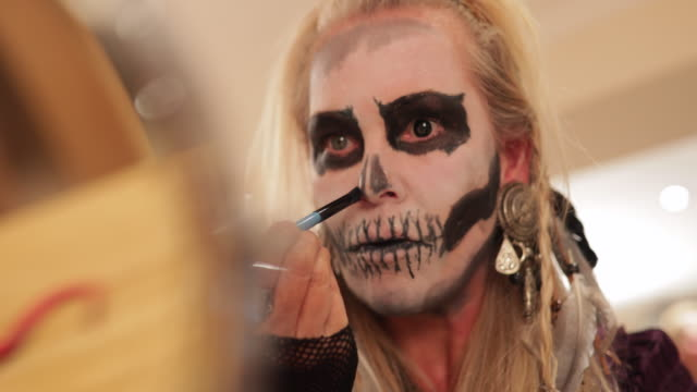 expert face painting - face paint stock videos & royalty-free footage