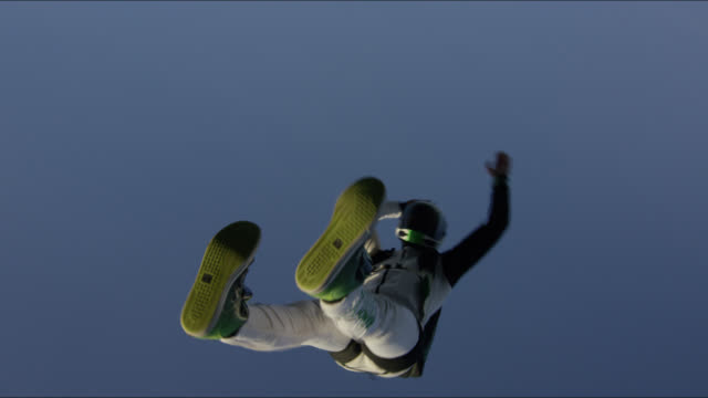 expert skydiver in free fall