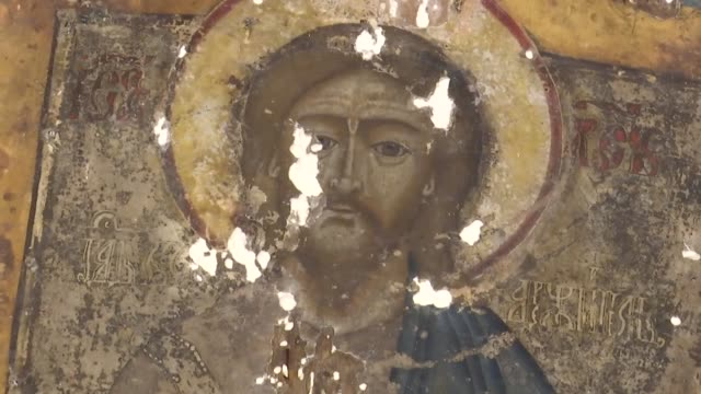 vídeos y material grabado en eventos de stock de experts in turkey have been restoring 452 pieces of historical byzantine church icons which date back to 17th century turkey's culture ministry's... - bizantino