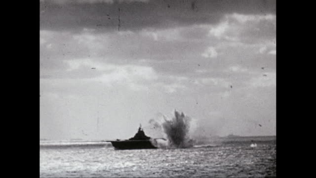 WS Exploding bomb next to warship while moving in sea / United States