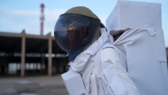 exploring new world - space helmet stock videos & royalty-free footage