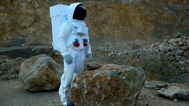 Exploring rocky Mars