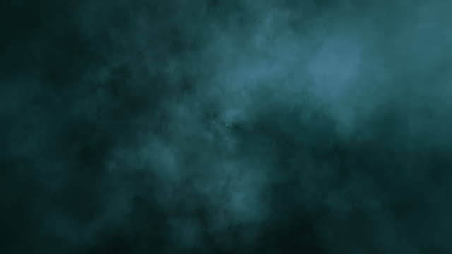 vidéos et rushes de explosion par un impact d'un nuage et de poussière - impact
