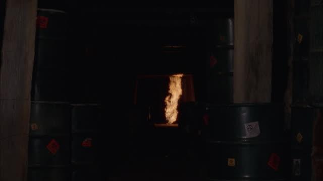 vídeos y material grabado en eventos de stock de ms explosion in mine tunnel - mina
