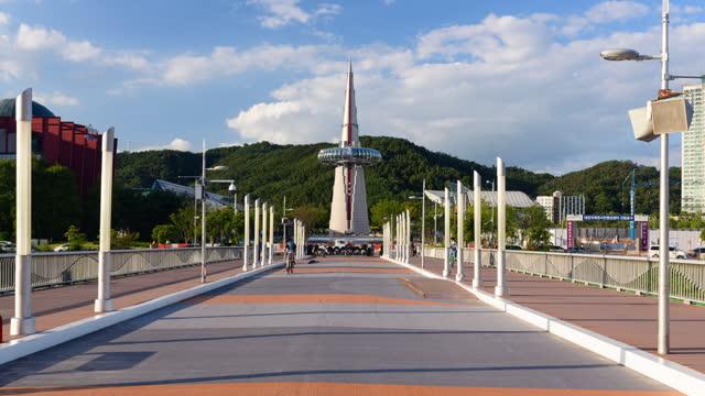 expo bridge and hanbittap tower (monument of expo '93) / yuseong-gu, daejeon, south korea - symmetry stock videos & royalty-free footage