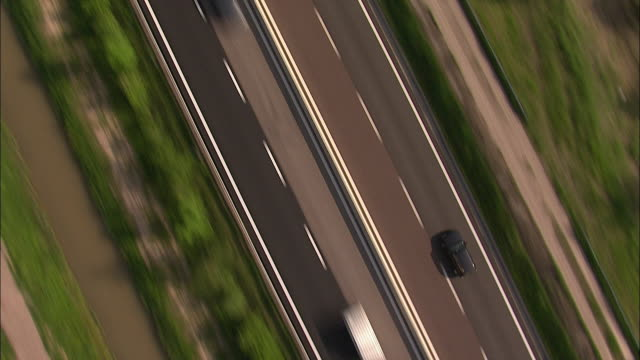 expressway eye view - brennero stock videos and b-roll footage