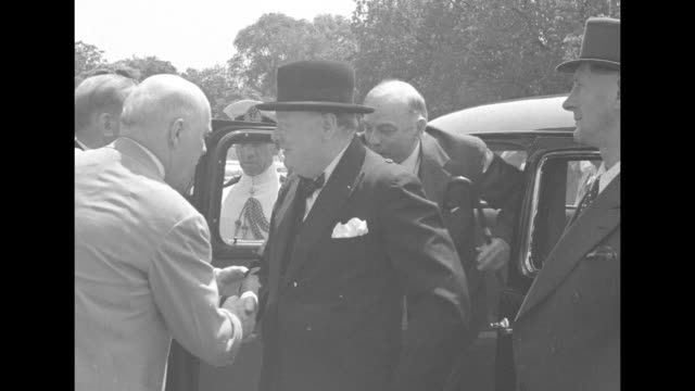ws ext steps up to us capitol / military police keeps crowds behind barriers / prime minister winston churchill gets out of car greeted by... - wallis simpson stock videos & royalty-free footage