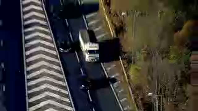 exterior aerial shots of congested traffic on the m25 motorway on a winter morning on november 30, 2016 in london, united kingdom. - m25 video stock e b–roll