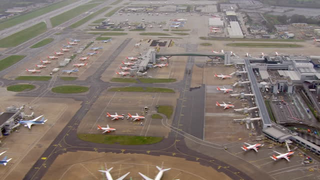 exterior aerial shots of gatwick airport on 5 january 2021 in united kingdom. - air traffic control tower stock videos & royalty-free footage