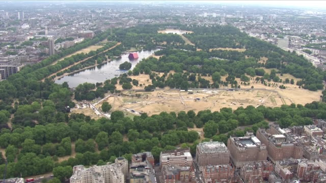 exterior aerial shots of hyde park covered in yellow grass due to the heatwave on 20 july 2018 in london united kingdom - summer stock videos & royalty-free footage