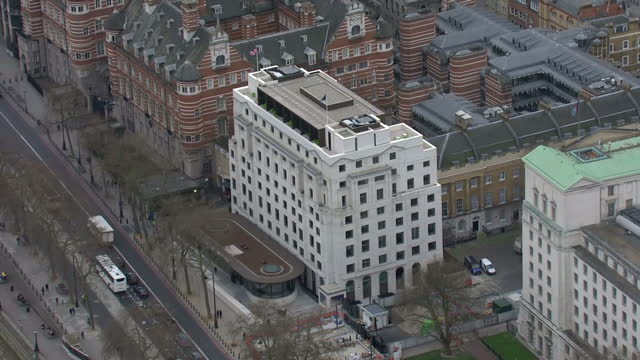 exterior aerial shots of the new new scotland yard building and the london eye on 17 march 2017 in london united kingdom - ニュースコットランドヤード点の映像素材/bロール