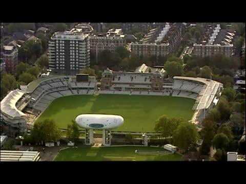 vídeos de stock, filmes e b-roll de exterior aerial shots of the royal albert hall. exterior aerial shots of lord's cricket ground. exterior aerial shots of the new wembley stadium... - royal albert hall