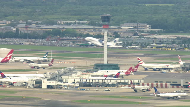 exterior aerial shots of traffic control tower at heathrow airport on 28 may 2018 in england, united kingdom - air traffic control tower stock videos & royalty-free footage