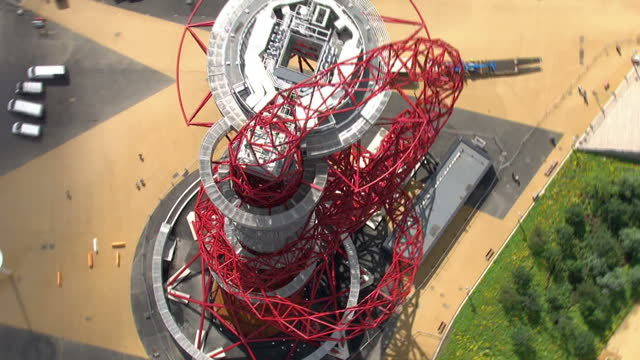 exterior aerial shots orbit olympic sculpture tower sky news 2012 olympics coverage on july 12 2012 in london england - ロンドン ストラトフォード点の映像素材/bロール