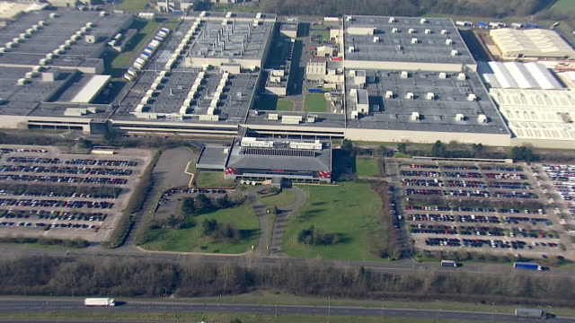 stockvideo's en b-roll-footage met exterior aerial views of the toyota manufacturing car production plant on the 25 february 2019 in burnaston derbyshire - toyota motor
