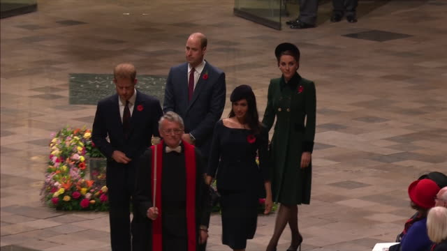 stockvideo's en b-roll-footage met exterior and interior shots prince william, duke of cambridge, catherine duchess of cambridge, prince harry duke of sussex, meghan duchess of sussex... - westminster abbey