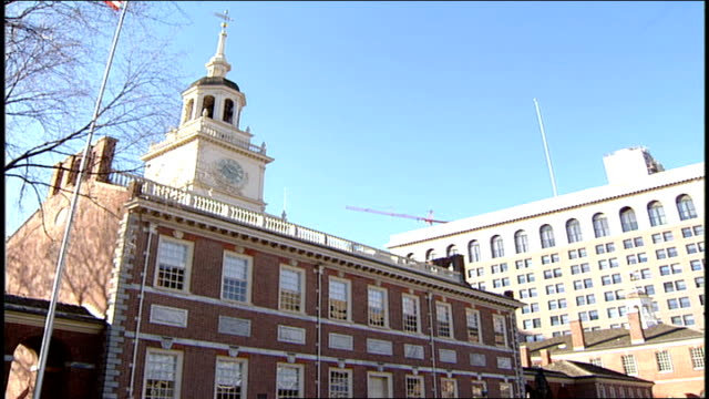 exterior and roof of independence hall in philadelphia pa - independence hall stock videos and b-roll footage