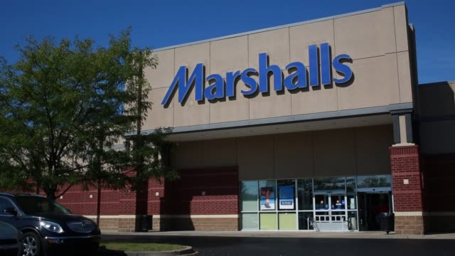 exterior and signage shots of a marshalls store location in louisville, kentucky on a sunny summer day - sunny video stock e b–roll