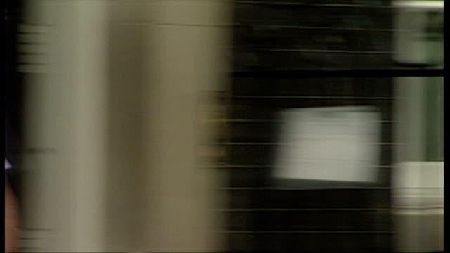 exterior arrivals including ross kemp rebekah wade michael grade sir ian mckellan - レベッカ ブルックス点の映像素材/bロール