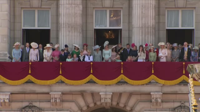 exterior close up shots of members of the royal family stood on the balcony and courtesy as the queen returns following the trooping of the colour... - social grace stock videos & royalty-free footage