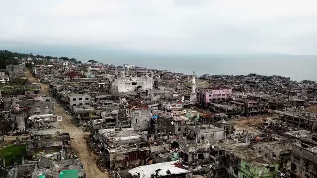 exterior drone aerial shots over the destroyed city of marawi after its liberation from isis on 31 october 2017 in marawi philippines - isil conflict stock videos & royalty-free footage