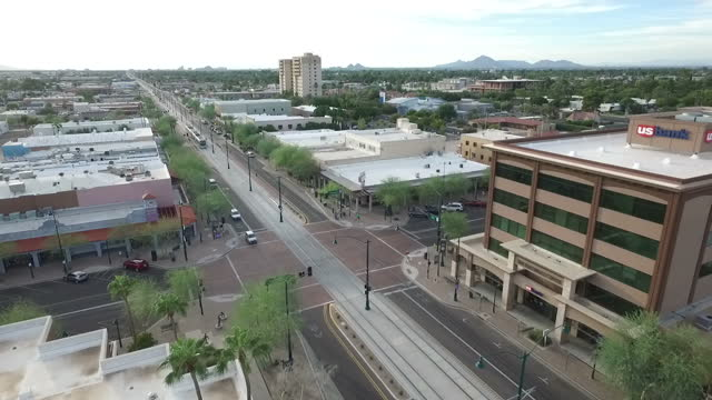 vídeos y material grabado en eventos de stock de exterior drone aerials of the downtown area of mesa, az on 4 november 2016 in mesa, arizona, united states - mesa cenital