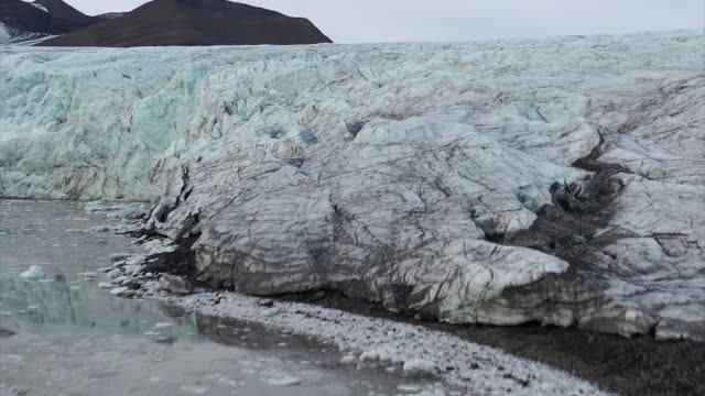 exterior drone shots of melting glaciers on 24th september 2019 in svalbard norway - ice stock videos & royalty-free footage