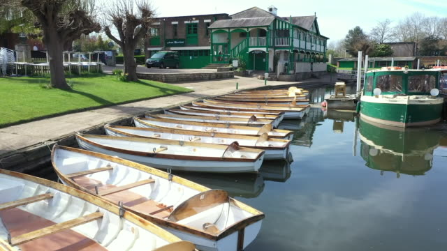 exterior drone shots of rowing boats on 21 april 2020 in coventry, united kingdom - coventry stock videos & royalty-free footage