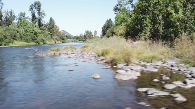 exterior drone shots over mountains, forests, a river and farmland in oregon on 18 september 2019 in oregon, united states - mountain stock videos & royalty-free footage