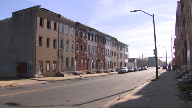 exterior general shots of streets and buildings in baltimore on 26 november 2019 in baltimore, maryland, usa - baltimore maryland stock videos & royalty-free footage