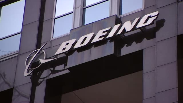 exterior gvs of boeing headquarters in chicago usa - base stock videos & royalty-free footage