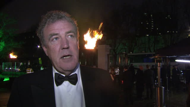 stockvideo's en b-roll-footage met exterior interview jeremy clarkson on the red carpet at the millie awards outside the imperial war museum jeremy clarkson interview at the millie... - imperial war museum museum
