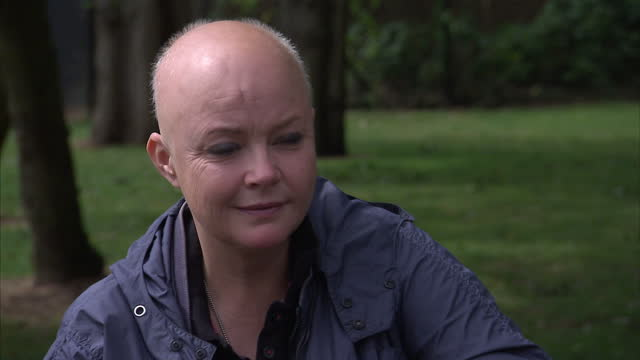 stockvideo's en b-roll-footage met exterior interview part 2 with television presenter gail porter regarding her struggle with depression on august 12 2014 in london england - gail porter
