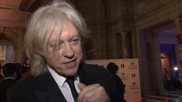 exterior interview sir bob geldof on the red carpet at the victoria albert olympic gala event sky news 2012 olympics coverage on july 25 2012 in... - bob geldof stock videos & royalty-free footage