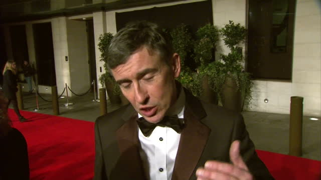 vidéos et rushes de exterior interview with actor writer and producer steve coogan speaking about winning the bafta award for 'best adapted screenplay' for his film... - steve coogan