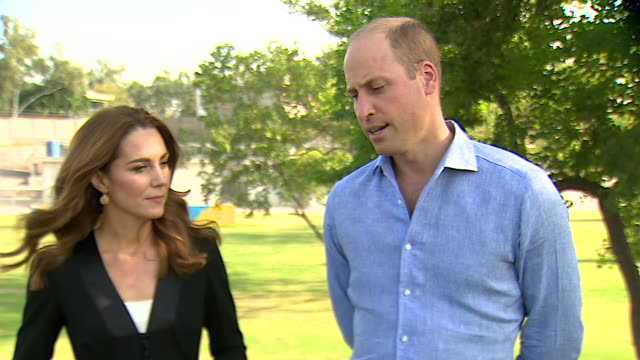exterior interview with catherine, duchess of cambridge and prince william discussing their royal tour on 8 october 2019 in islamabad, pakistan. - britisches königshaus stock-videos und b-roll-filmmaterial