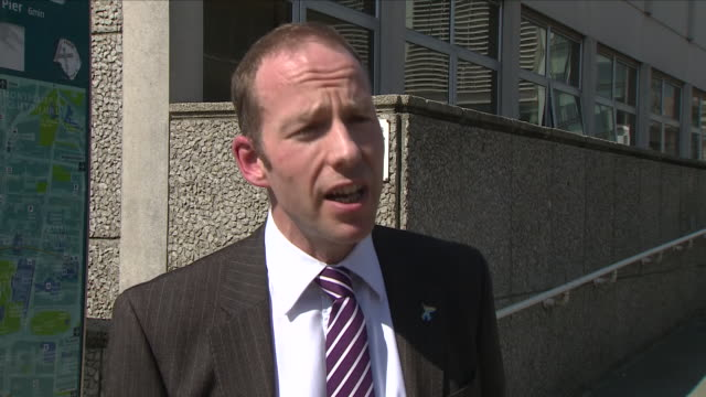 exterior interview with det insp andy wolstenholme, of sussex police after the sentencing of daryll rowe for intentionally infecting victims with hiv... - retrovirus video stock e b–roll