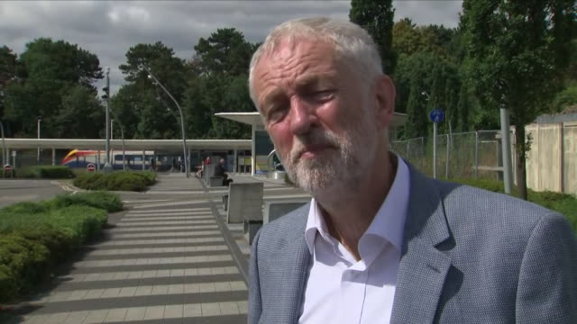 exterior interview with labour leader jeremy corbyn defending his 2014 trip to tunis to lay a wreath to victims of a 1985 israeli airstrike and his... - jeremy corbyn stock videos & royalty-free footage
